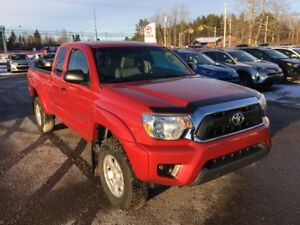 2015 Toyota Tacoma 4WD 4 Cylinder ONLY $227 BIWEEKLY WITH $0 DO