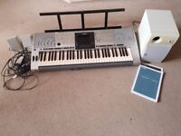 Yamaha PSR 3000 61-Key Arranger Workstation Electric Keyboard +all in picture. Excellent condition.