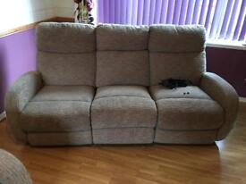 3 SEATER SOFA RECLINER + 2 SEATER SOFA FREE LOCAL DELIVERY
