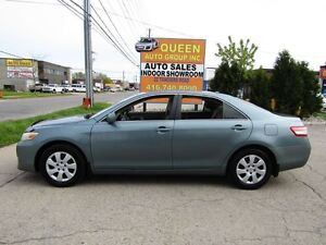 2010 Toyota Camry LE | Low Kilometers |