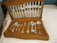 Cutlery Set - 6 Place setting - Stainless Steel Knife Blades the rest epns - Beautiful condition