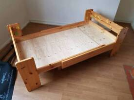Kids bed extending to single