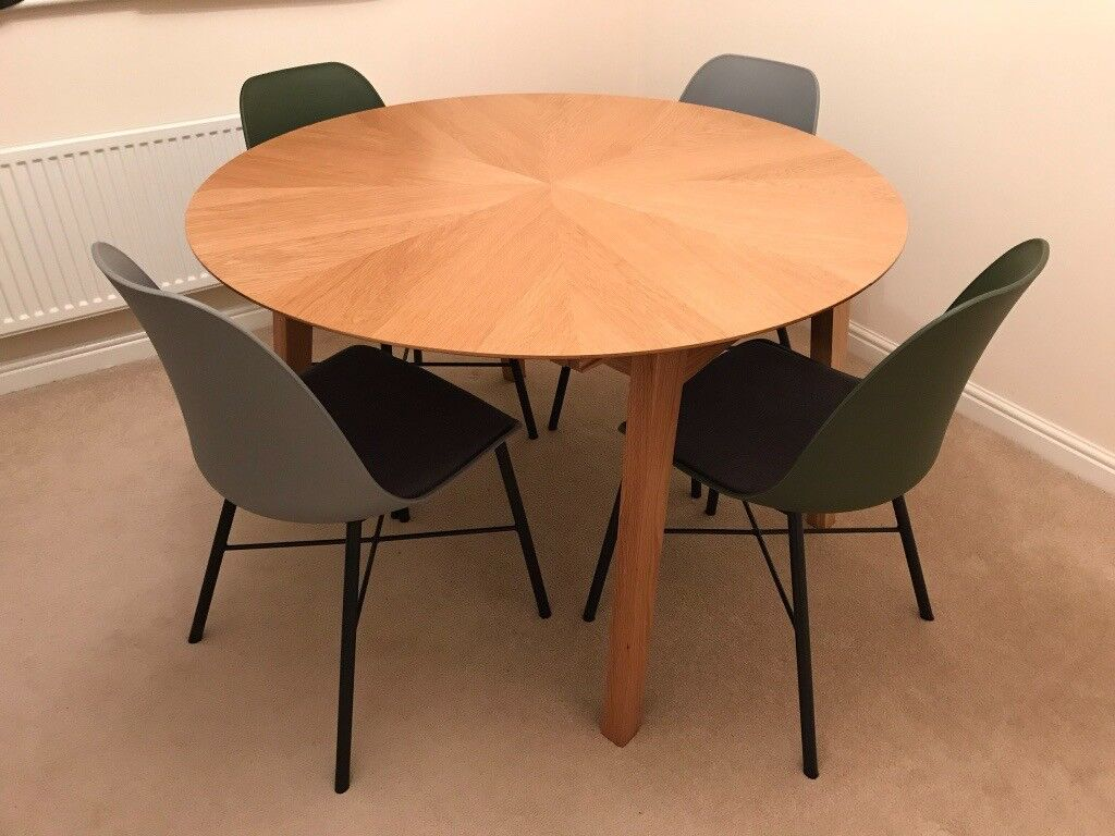 John Lewis Duhrer Extending Dining Table Seats 4 6 Excellent Condition Rrp