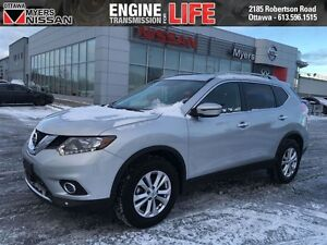 2016 Nissan Rogue SV AWD + Moonroof * Low Km's