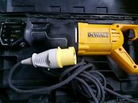 DeWALT DWE305PK 110v Reciprocating Saw Recip Sabre Saw 1100w as new 110