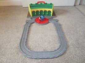 Thomas The Tank Engine Take N Play Tidmouth Sheds