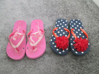 LOVELY GIRLS FLIP FLOPS X2 (SIZE 13 AND SIZE 1) - GC