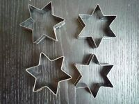NEW – 4 Bags of 12 Stainless Steel Star Cookie/Biscuit Cutters baking – 48 in total
