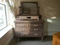 Drawers with Vanity Mirror