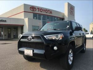 2015 Toyota 4Runner SR5|TCUV|HEATED SEATS|1 OWNER!