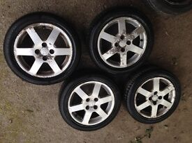 Honda Jazz 4 alloy wheels with good tyres + 1 steel wheel with new tyre 185/55R15