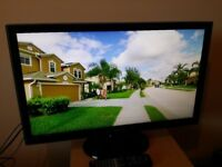 """Great condition 27"""" SAMSUNG LED SMART TV full hd ready 1080p freeview inbuilt"""