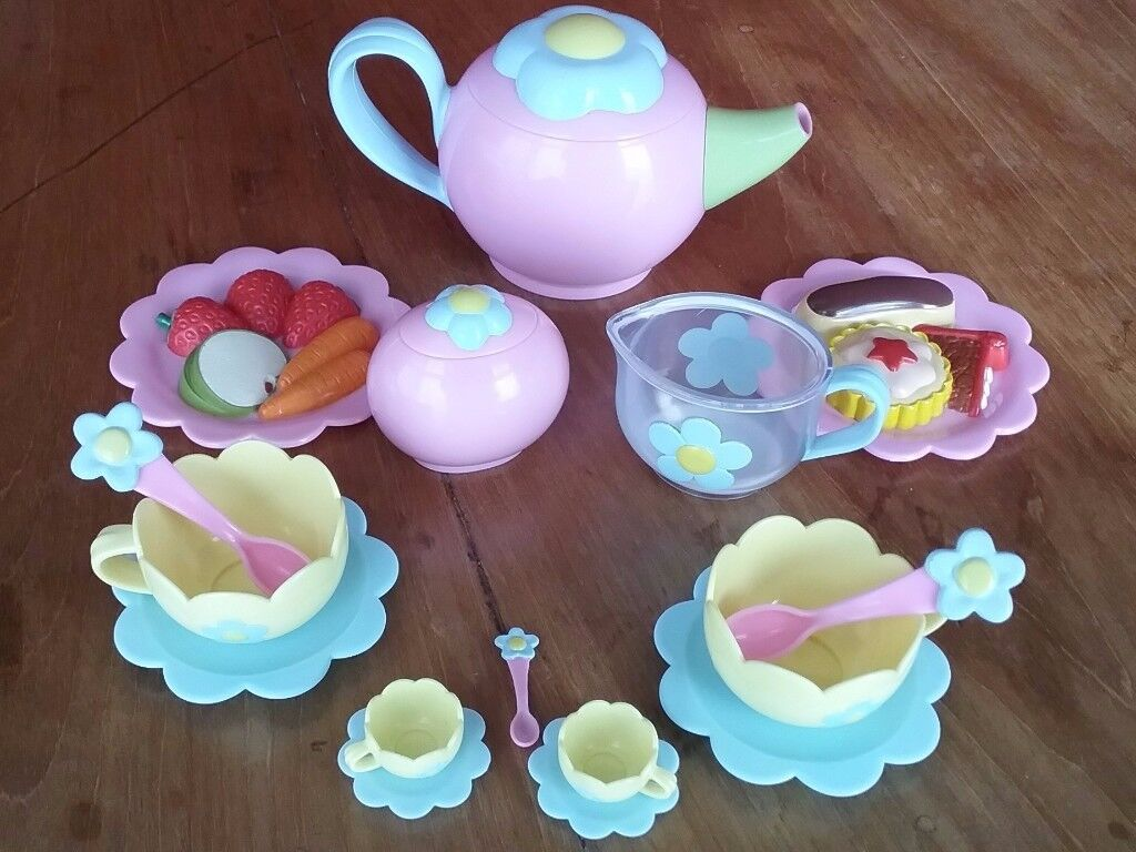 Fifi & the Flowertots Toy Tea Party Set