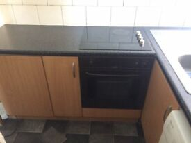 STUDIO FLAT IN STRATFORD (INCUDING WATER, GAS, ELECTRIC BILLS)