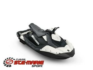 2017 Sea-Doo/BRP Spark 3 places Base