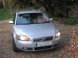 Volvo V50 SE T5 SEMI-AUTOMATIC 2521cc 2005: £3300