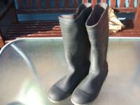 Safety steel toecap wellington boots size 8 and 9 new not worn
