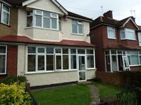 3 BED HOUSE - MOTSPUR PARK/RAYNES PARK BOARDERS - Available Now