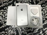 iPhone 7 32GB Silver colour Unlocked to any network
