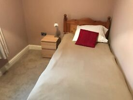 Single room in cosy house Ealing (W53JJ) 550£ PM FOR SINGLE PERSON