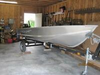 Brand New Lund 14 foot with New Mercury 9.9 4 stroke and trailer