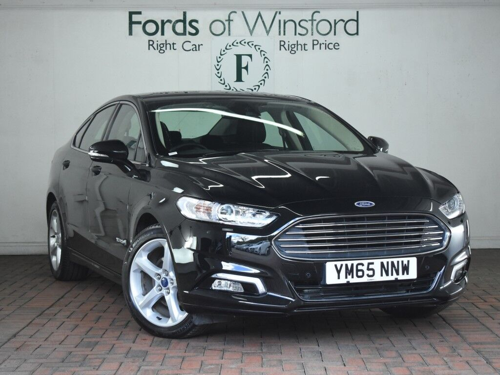 ford mondeo 2 0 hybrid titanium 4dr auto sat nav parking. Black Bedroom Furniture Sets. Home Design Ideas