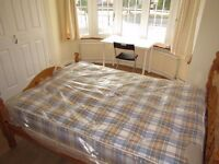 LOVELY SINGLE ROOM WITH DOUBLE BED TO RENT IN HANGER LANE / PARK ROYAL ZONE 3 ( CENTRAL LINE)