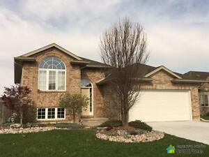 $315,000 - Raised Bungalow for sale in Corunna