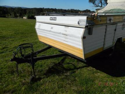 OFFROAD JAYCO 9 FOOT CAMPER TRAILER FOR RESTORATION OR WRECKING.