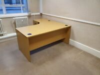 Yew L-shaped office table/desk w/modesty panel & cable mgmt