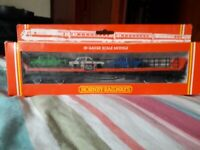 Hornby R.124 00 Gauge Car Transporter with 3 cars, Excellent Condition