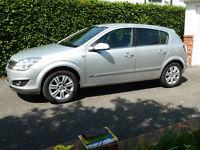 Vauxhall Astra 1.8 i 16v Design 5dr - v.g.c. new MOT no advisories, tow hitch