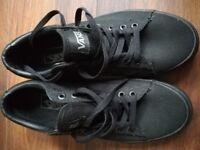 Vans unisex shoes brand new