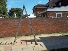 Zarges Aluminium 2 Part Extension Ladder - Extends To 4.7m