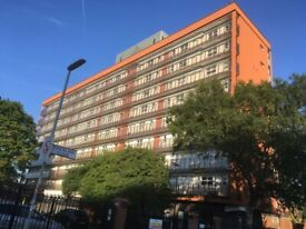 WHOLE APARTMENT WITH 2 X DOUBLE ROOMS ON SHORT LET INCLUING BILLS, WIFI & PARKING