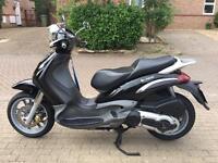PIAGGIO BEVERLY 500cc black not vespa liberty 2004!