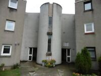 TORNASHEAN GARDENS, 3 BED FLAT, GCH, DG, BRIGHT & SPACIOUS, 1ST FLOOR, PART FURNISHED