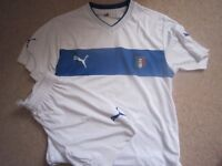 FOR KIDS - NEW Puma Italia Strip (+ ManU and other Kit and boots)