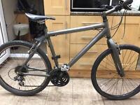 "Giant Escape M2 Hybrid Bike. Large 20"" Frame. 26"" Wheels Fully working! Ultra lightweight bike"