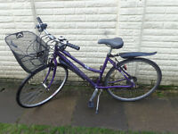 ladies Dawes hybrid aluminium bike, with new basket, lights d-lock ready to ride FREE DELIVERY