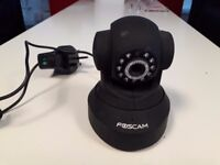 Foscam FI8918W Wireless/Wired Pan & Tilt IP/Network Camera with 8 Meter Night Vision and 3.6mm Lens