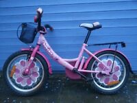16-Inch girl bike with stabilisers and balance handle