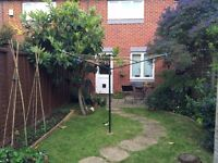 Double room for rent in 2 bedroom house with garden in Kingston