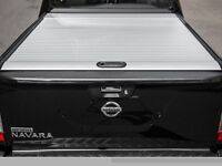 Nissan navara np300 mountain top rollershutter in silver