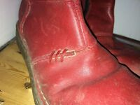 size 5, womens red boots.