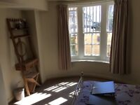 En suite central sea front room £300 deposit