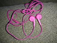 Pink Maxell earphones