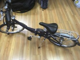Revolution folding bike with accessories