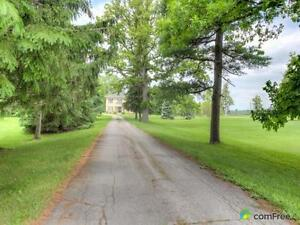 $595,000 - Acreage / Hobby Farm / Ranch for sale in St. Thomas London Ontario image 4