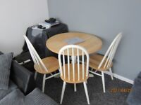 Dining table, circular with 3 chairs - pine painted in white